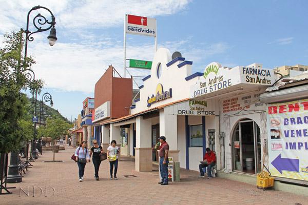Plaza Pesquiera - Nogales, Mexico